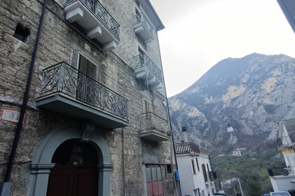 Casa sulla valle